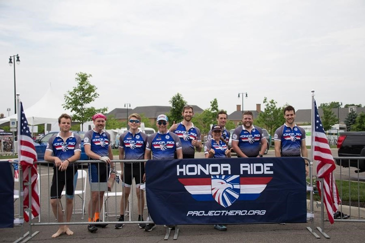 2018 New Albany, OH Honor Ride participants.